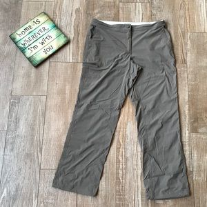 L.L Bean 🥾 Women's Comfort Cargo Hiking Pants